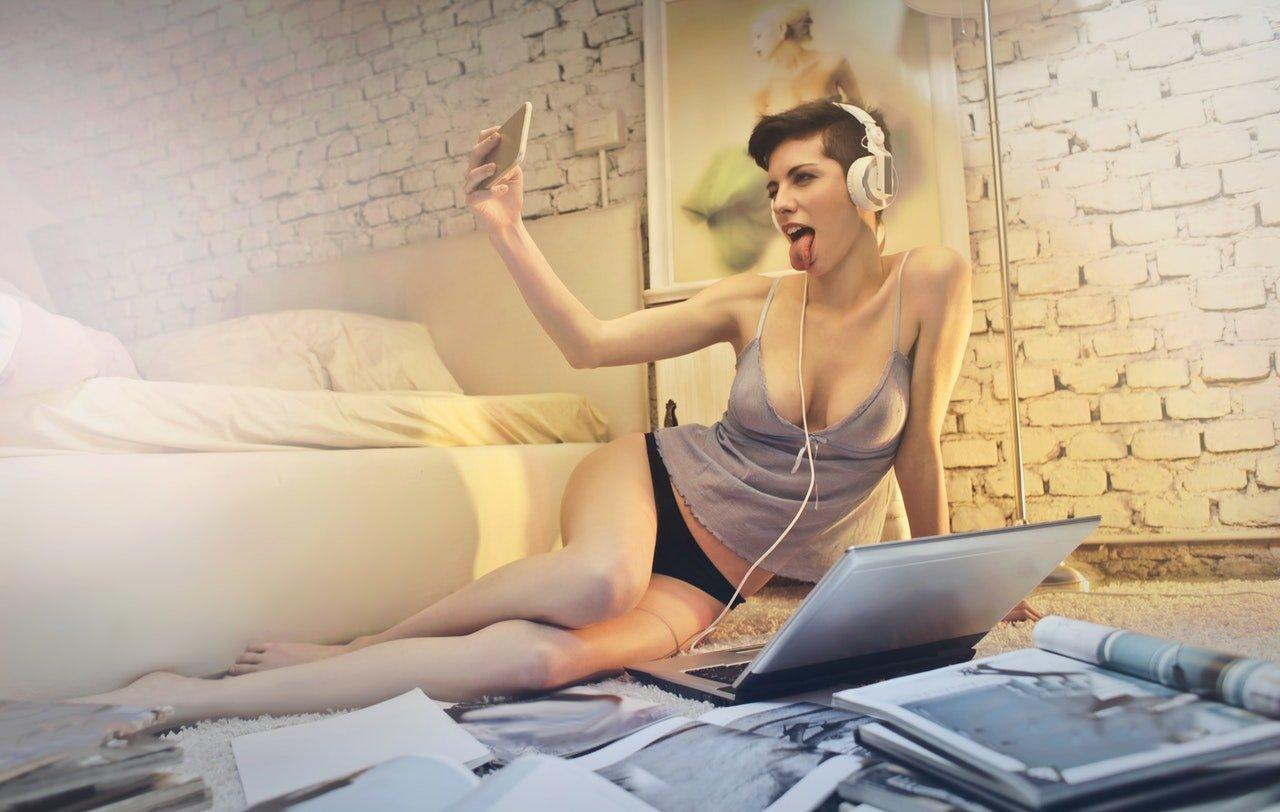 webcam escort girl blog